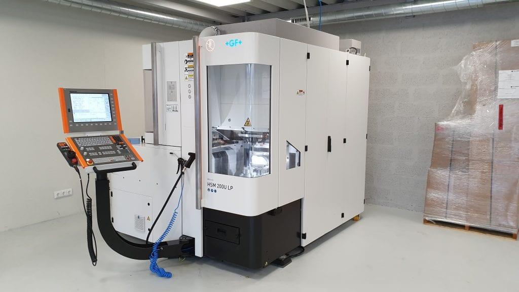 Metalo frezavimas- Hyperdent programinė įranga